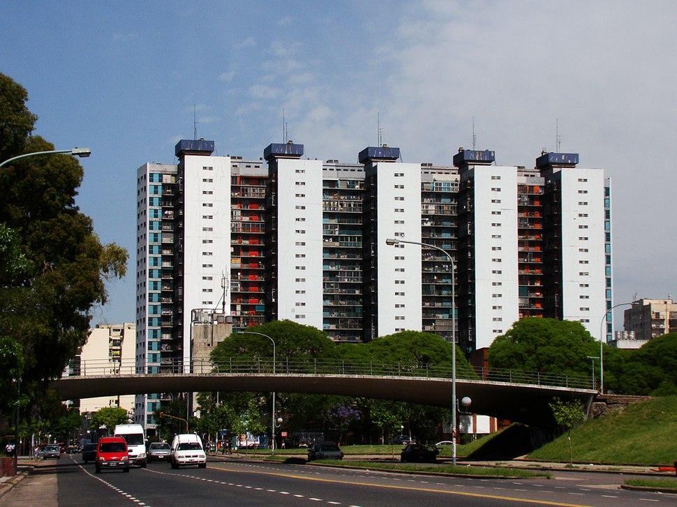Torres de Matheu desde Avenida Brasil