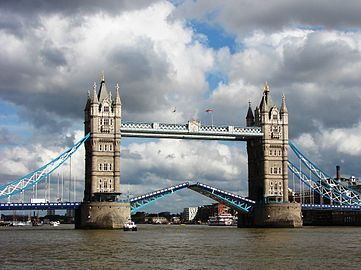 Tower Bridge,London Getting Opened 2.jpg