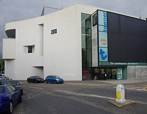 Towner Gallery - Image: Towner Art Gallery (geograph 3651647)