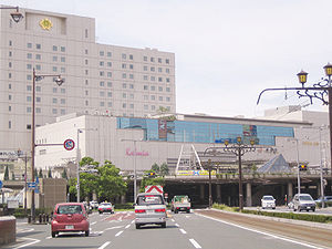 Toyohashi Station - The east entrance of the station in September 2005