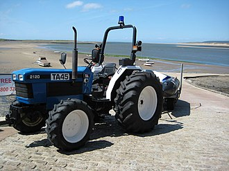 Appledore Lifeboat Station - The tractor and boarding boat