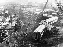 12 gennaio 1997 - A Piacenza, un Etr 460 deraglia a 300 metri dalla stazione...