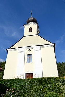 Trenčianske Mitice kostol 01.jpg