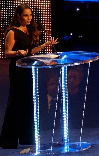 WWE Hall of Fame (2013) - Image: Trish hof 2014