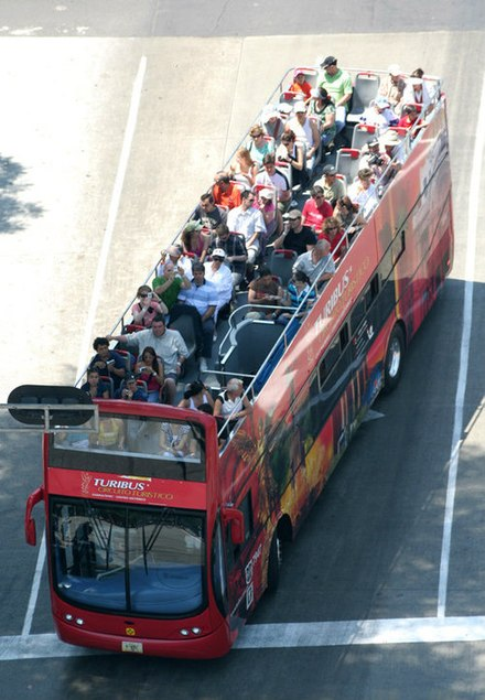 The Turibus runs through many of the most important tourist attractions in the city. Turibus Ciudad de Mexico.jpg