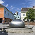 U3 Simmering Kunst Brunnen b.jpg