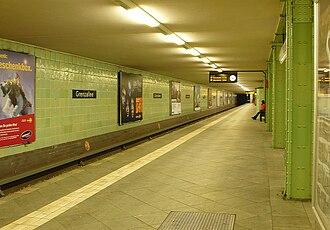 Grenzallee (Berlin U-Bahn) - Platform view