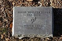 Victor Borge footstone 800.jpg