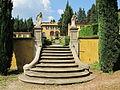 Villa schifanoia, giardino, seconda terrazza, scalinata 01.JPG