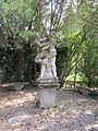 Villa schifanoia, giardino, terza terrazza, statua 01.JPG