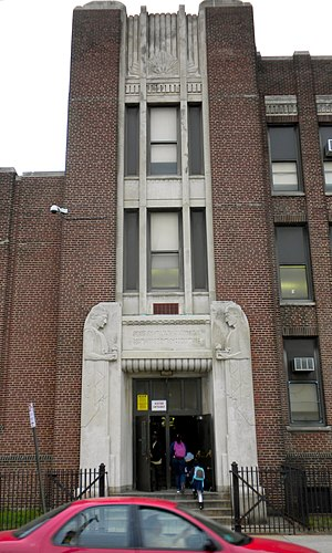 Pennsport, Philadelphia - The Vare-Washington School, in the former Washington School in Dickinson Narrows, serves Pennsport.
