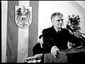 Werner Faymann in St.Pölten (3572270959).jpg