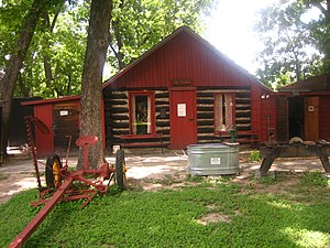 Whitehead Memorial Museum - Settlers cabin at the Whitehead Memorial Museum in Del Rio