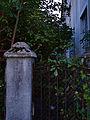 Widok na ogród od ul. Rapackiego.jpg
