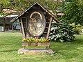 Winzergemeinde Ihringen, Tafel am südlichen Ortsrand.jpg