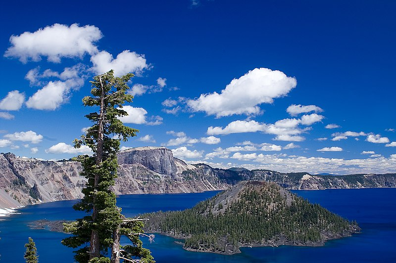 File:Wizard Island in Crater Lake National Park - Oregon 2008.jpg