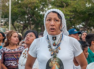 Women and religion - Christian women in Maracaibo, Venezuela.