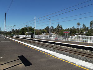 Wulkuraka Railway Station, Queensland, Sep 2012.JPG