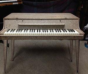 Wurlitzer electric piano - Wurlitzer model 112 electronic piano