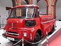 Zaragoza - Museo Bomberos - Camión autotanque Sava (1955) (01).jpg