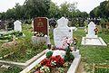Zentralfriedhof Islamische Gräber.jpg