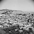 Zicht over de stad Jeruzalem met links de Al Aqsa moskee, Bestanddeelnr 255-5195.jpg