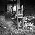 """""""Maln"""" (mlin) za """"brije"""" (brinje) mleti, pri Lipavcu, Mali Kal 1950 (2).jpg"""