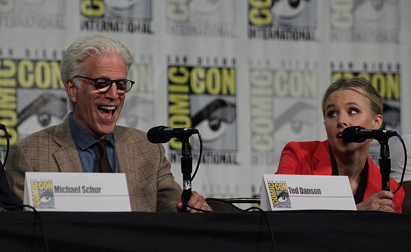 File:'The Good Place' cast and crew visit San Diego Comic Con for a panel (28880425037).jpg