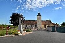 Église Saint-Martin et monument aux morts de Goulet.jpg