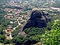 Метеоры. Вид на город Каламбака. - panoramio.jpg