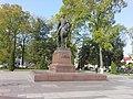 Пам'ятник Данилу Галицькому в Галичі.jpg