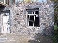 Խաչքար Սուրեն Այվազյանի տան պատին (10-11-րդ դար).jpg