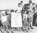 מעוז ציון פתיחת בית ספר 1955 צלם יהודה איזנשטרק גנזך המדינה 3.jpg