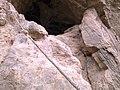 طنابي دائمي جهت صعود به غار - panoramio (1).jpg