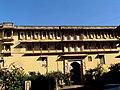 देवगढ़ में पुराना राजमहल.jpg
