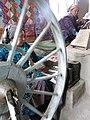 004 Fàbrica de seda Yodgorlik, Imom Zahiriddin Ko'chasi 138 (Marguilan), dones filant.jpg