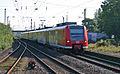 05210 DB 425 556 Rhein-Hellweg-Express Einfahrt Bf Rheinhausen.JPG