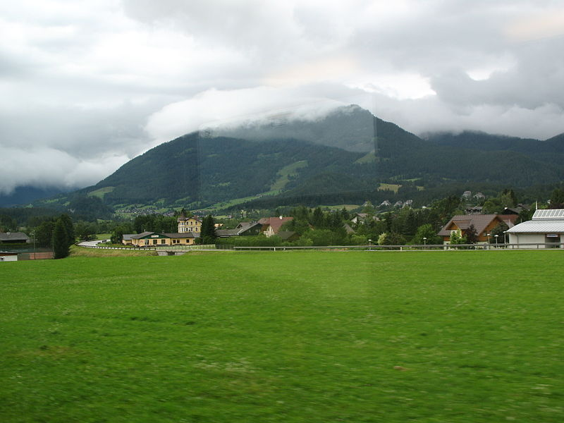 File:0729 - Between Bad Mitterndorf and Bad Aussee.JPG