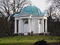 0912 Tempel Schwaneninsel.jpg
