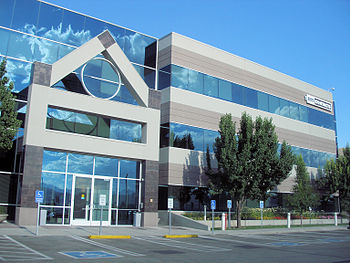 English: 1-800 Contacts headquarters in Draper...