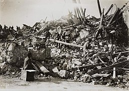 1914 earthquate in Sicily, ruins of Mortara 2 (cropped).jpg