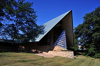 Shorewood Hills, Wisconsin - Frank Lloyd Wright's First Unitarian Society Meeting House