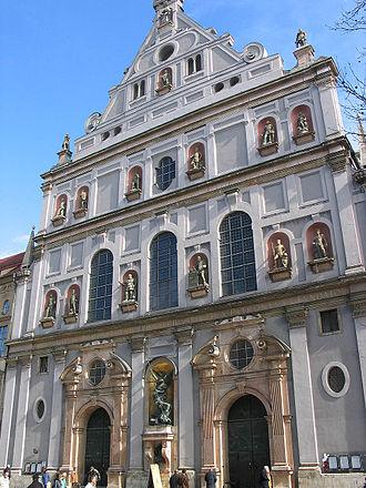 St Michael's Church (Neuhauser Straße, Munich) - Image: 20060416 Michaelskirche Muenchen