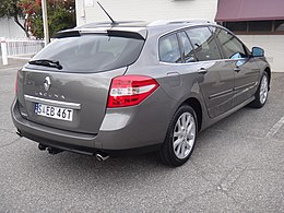 2008 Renault Latitude (X91) Dynamique dCi station wagon (17641107724).jpg