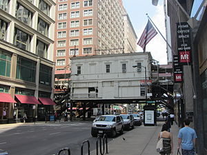 Madison/Wabash station - Image: 20120520 23 Madison St. @ Wabash Ave