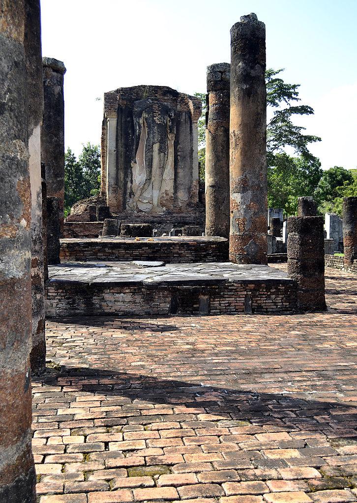 File:201312161333a Sukothai, Wat Chetuphon.jpg - Wikimedia ...