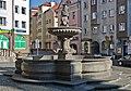 2014 Kłodzko, studnia miejska 01.JPG