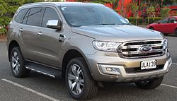 2015 Ford Everest Titanium (New Zealand).jpg