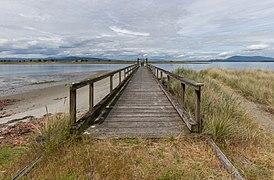 A pier on Sidney Spit, Sidney Island, British Columbia, Canada 01.jpg