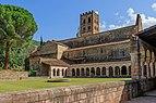 Abbaye Saint-Michel de Cuxa 02.jpg
